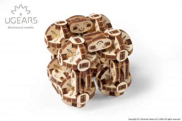 Ugears-Flexi-Cubs-1-601×400