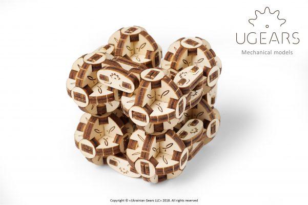Ugears-Flexi-Cubs-3-601×400