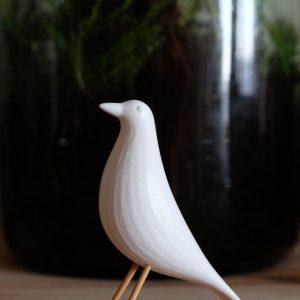 Pasăre Eames Albă